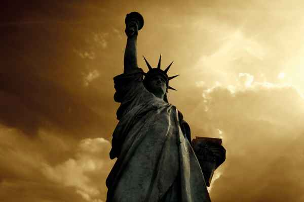 Carta da parati New York, Statue of liberty Night